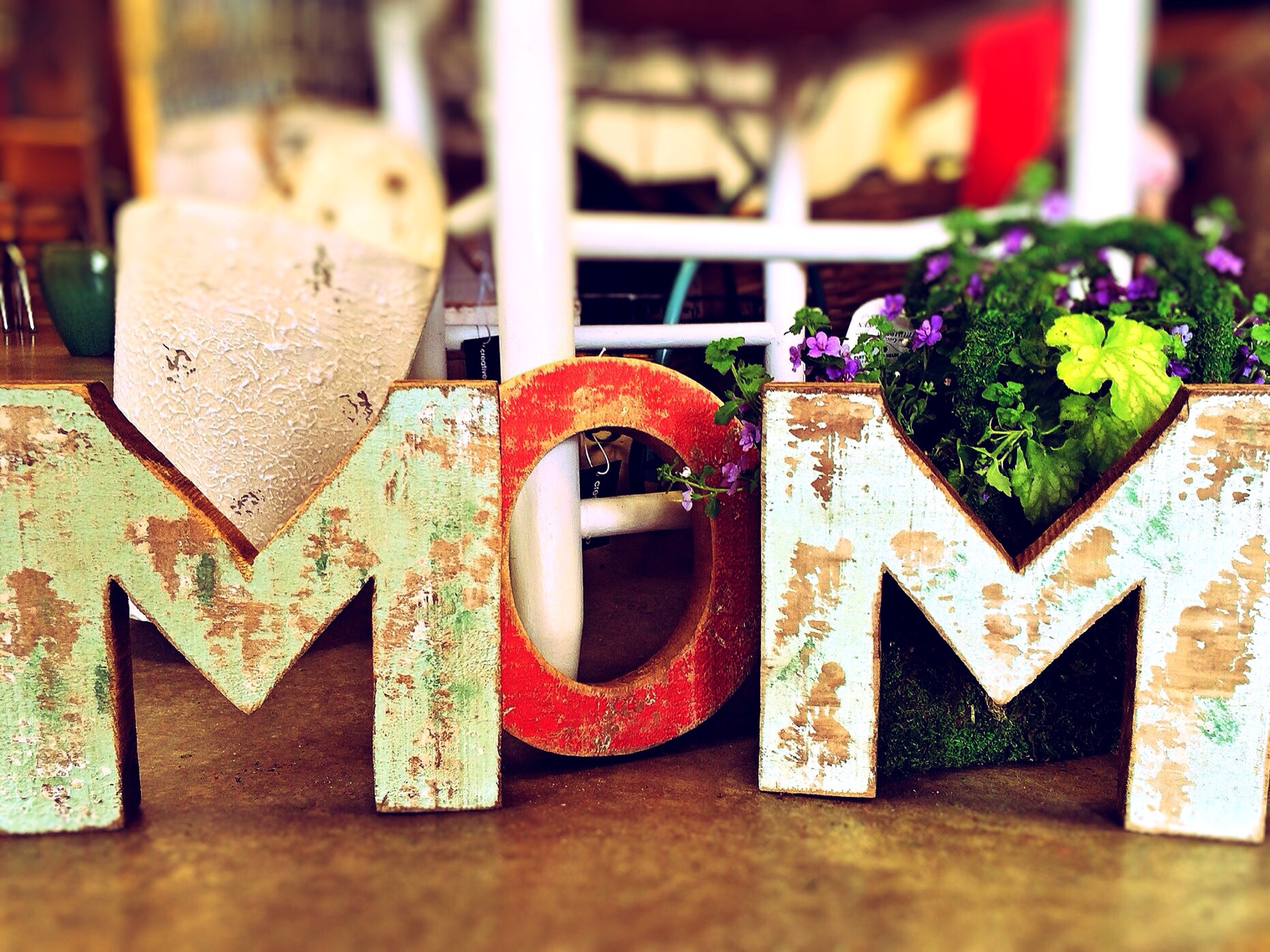 Personalised Mother's Day Gift Ideas - Make Your Mom Feel Special
