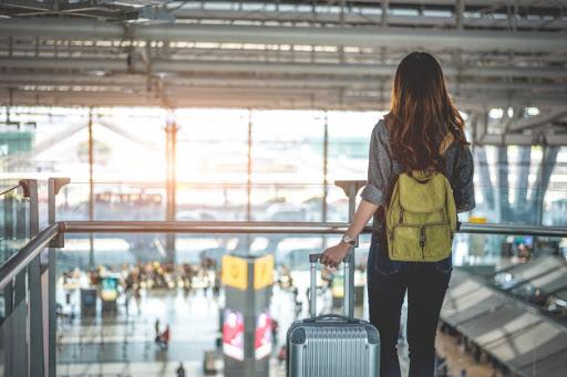 women holiday travel