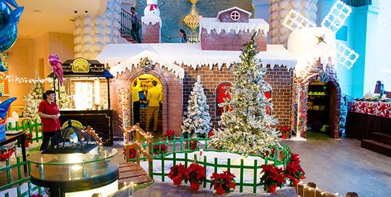 Christmas at Atlantis The Palm