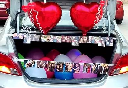 car boot balloon décor