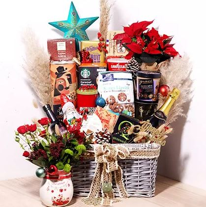 snack hamper for new year