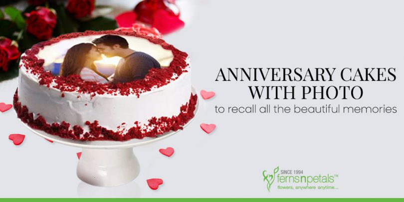 Anniversary Cakes with Photo to recall all the beautiful memories